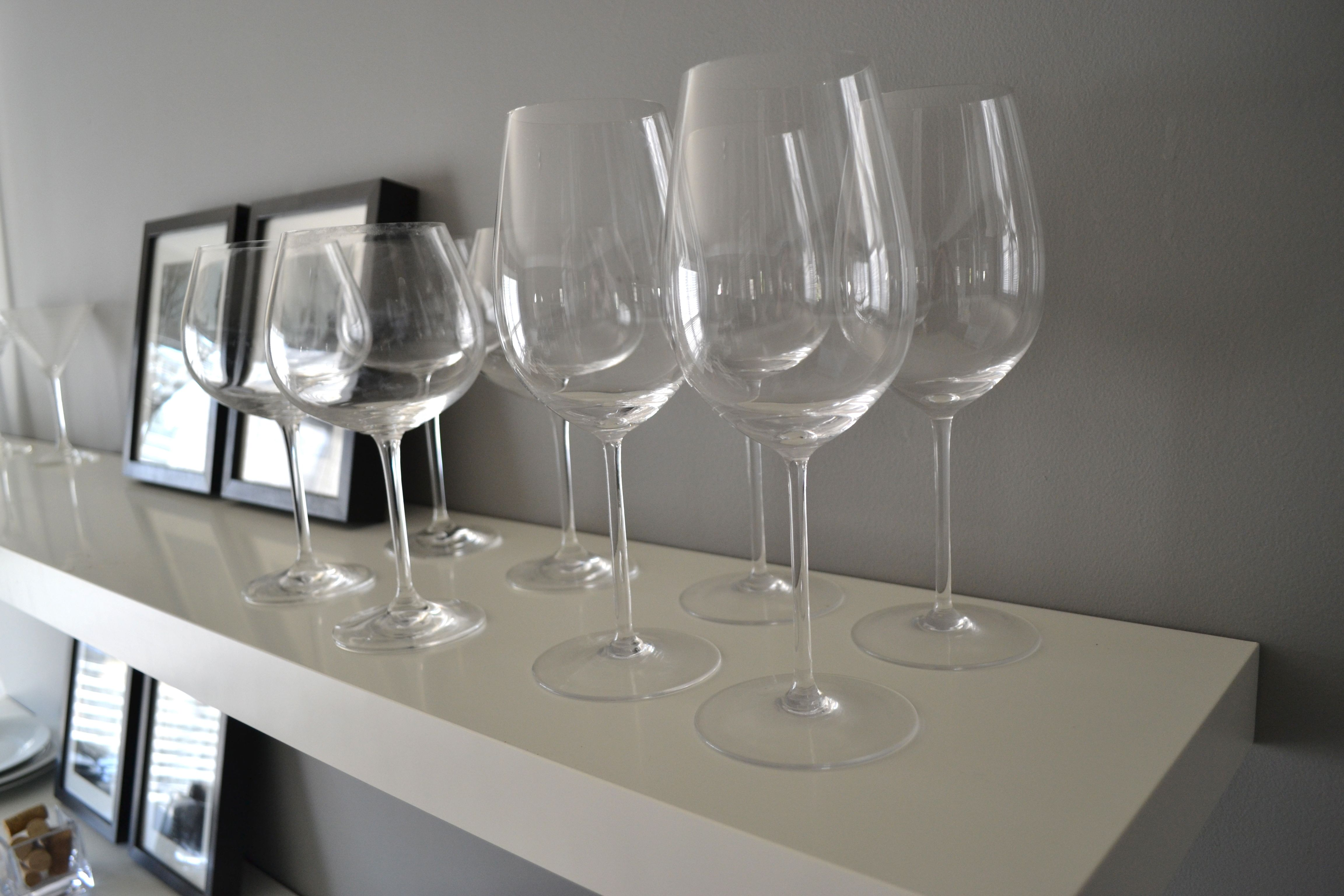 wall mounted wine glass rack plans